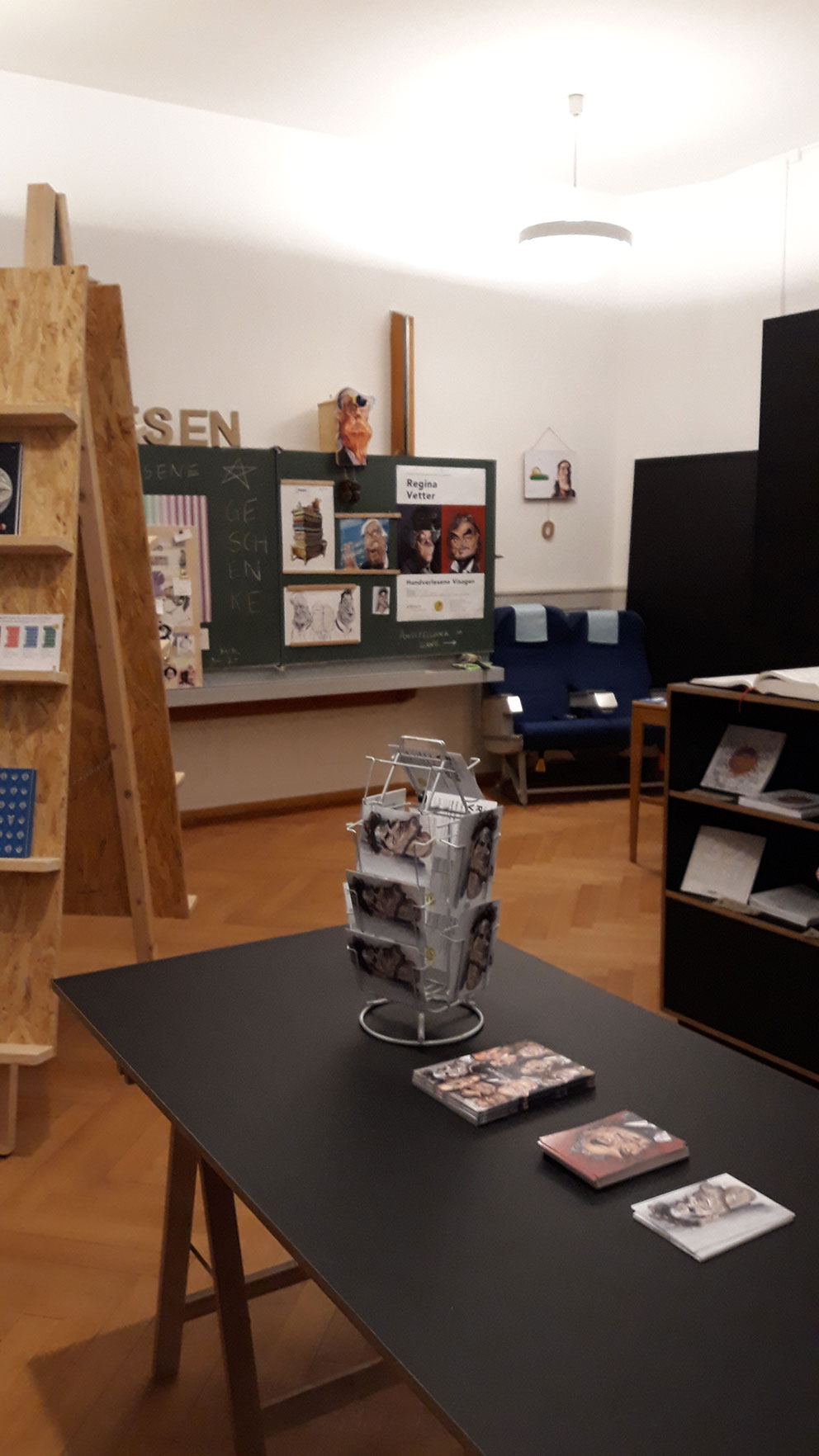 Impression Erlesen Ausstellung Regina Vetter